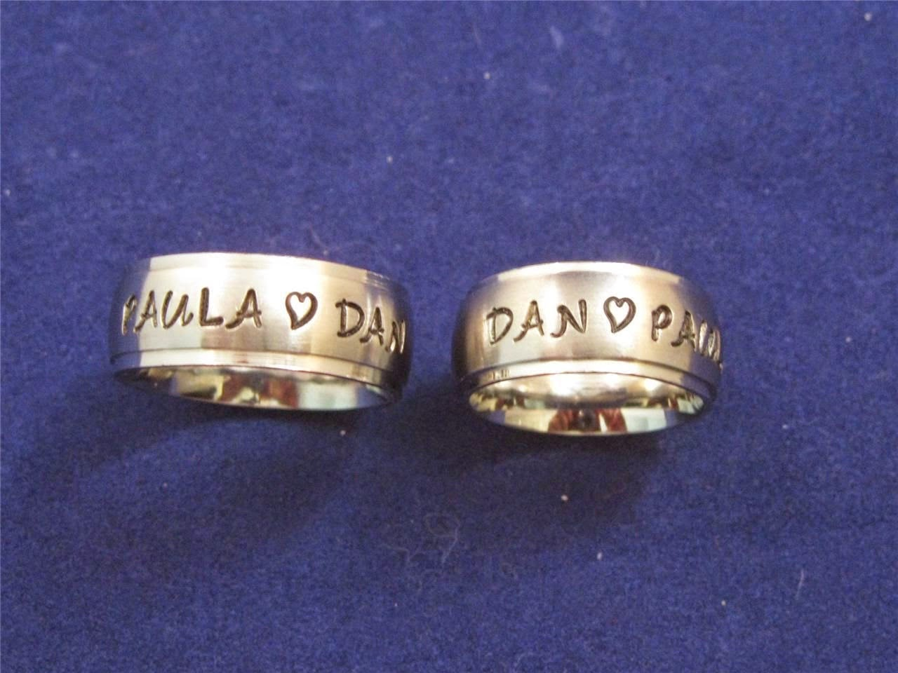 ways to select engraved promise rings for with amazing
