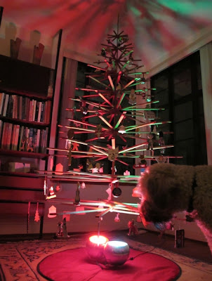 Hip it s here archives modern wood christmas tree by architect