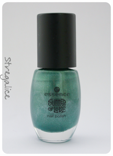 Essence Woodstock TE discontinued turquoise shimmer