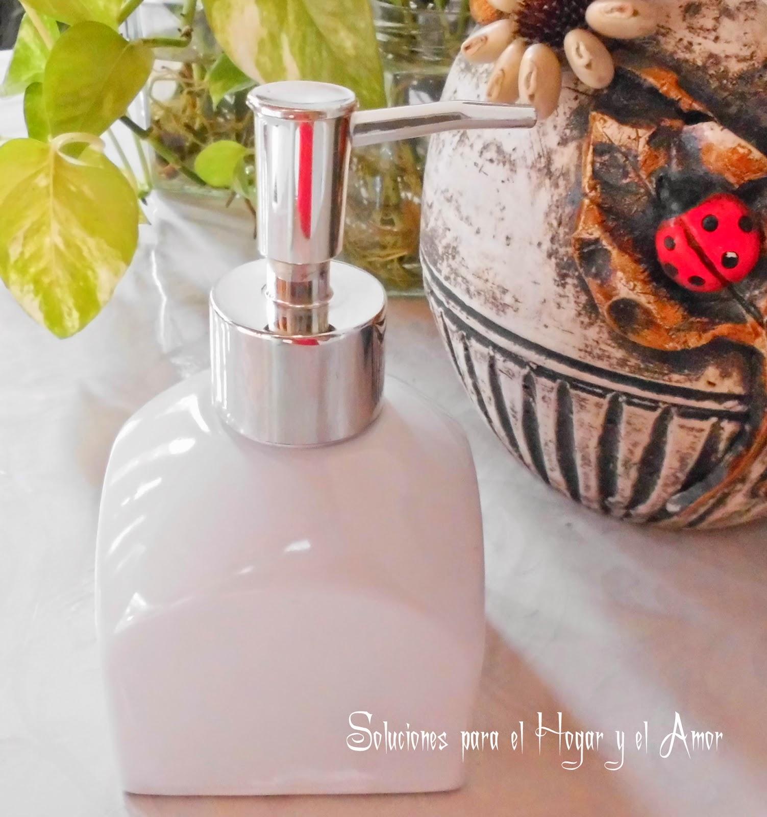 dispensador elegante con jabón liquido reciclado