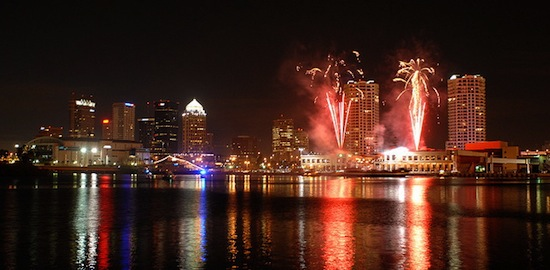 Light Up Tampa Bay With The TECO Line Streetcar This New Yearu0027s Eve!