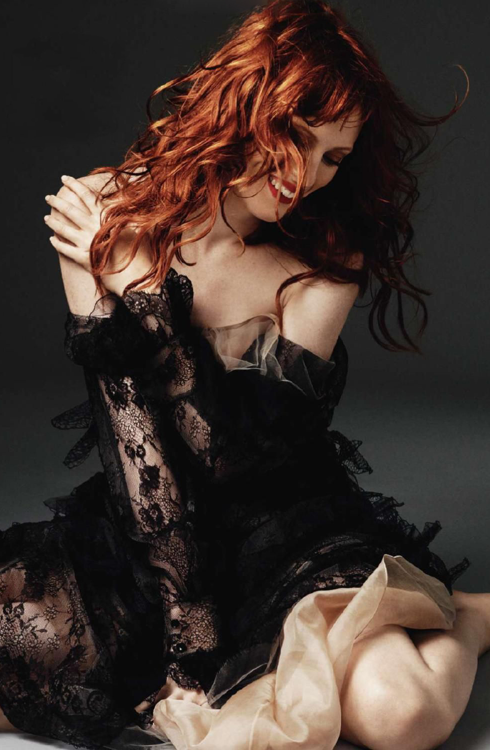 Karen Elson in Harper's Bazaar UK October 2010 (photography: Alexi Lubomirski)