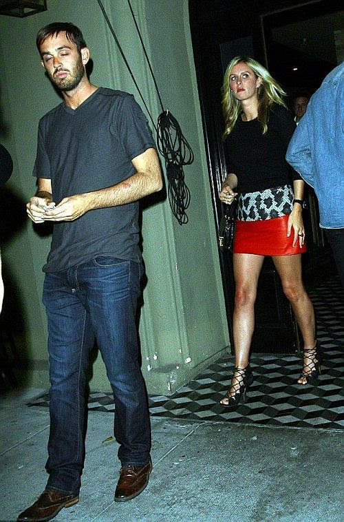 Hey, the banker, James Rothschild, look at what you're missing. Nicky Hilton flaunted her truly perfect legs again at the Craig's restaurant in West Hollywood, California on Thursday night, July 31, 2014.