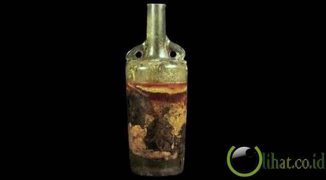 Roman Tomb Wine