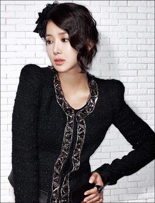 KoreanModel-LeeSiYoung