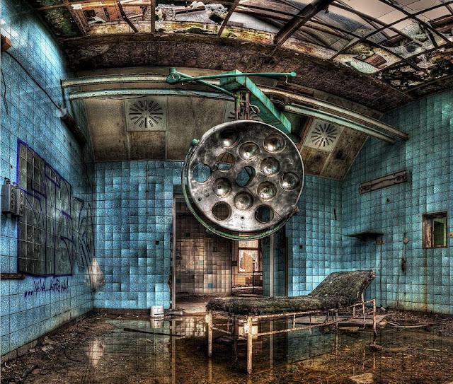 Green Pear Diaries, lugares abandonados, Hospital militar Beelitz-Heilstätten, Potsdam, Alemania