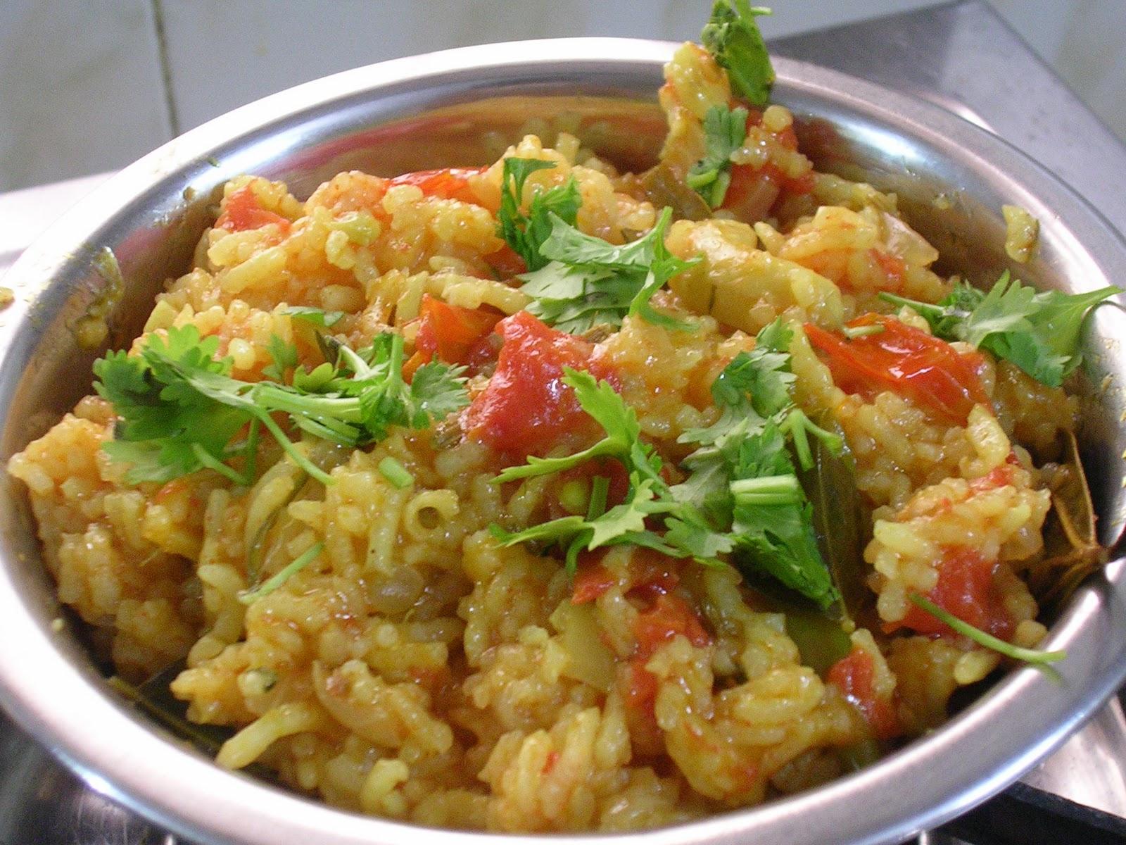 Sourashtra tomato ricethakkali pongal recipetomato flavoured rice sourashtra tomato ricethakkali pongal recipetomato flavoured rice prepared in sourashtrian style forumfinder Gallery
