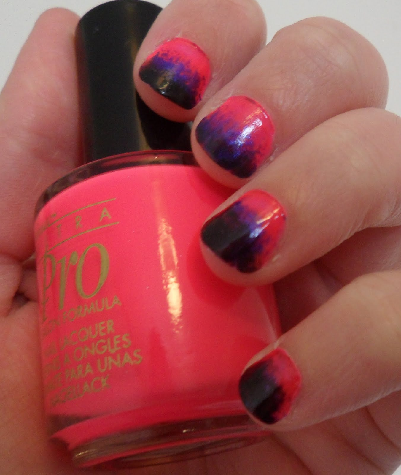 Nicole - Top To Toe: Moody pink manicure