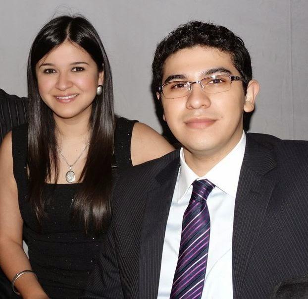 Roberto con su hermana