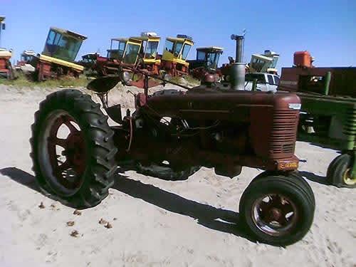 EQ-22964 International Farmall H