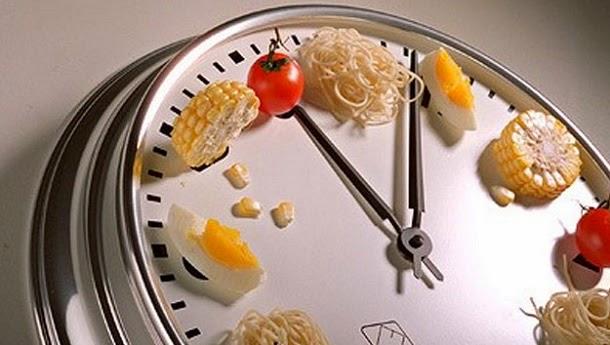 Comer a qualquer hora faz bem ou mal?