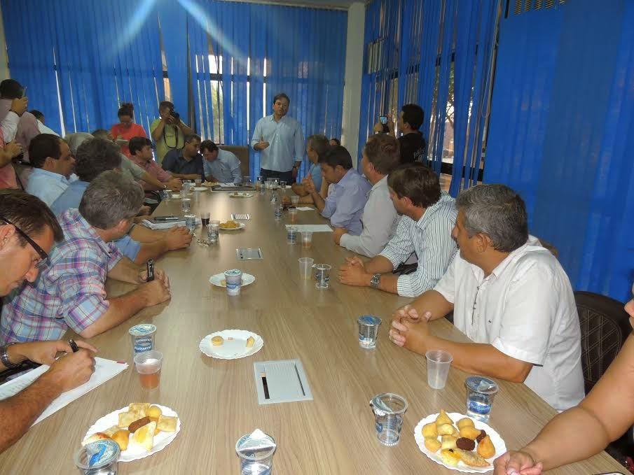 Prefeitos de 23 municípios participam de reunião em Barra do Garças para ampliar a AMNA