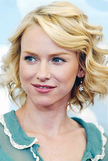 Naomi Watts was born in Shoreham, Kent, England. She is the daughter of Myfanwy Edwards (née Roberts), a Welsh antiques dealer and costume and set designer, and Peter Watts, an English road manager and sound engineer who worked with Pink Floyd. Her parents separated when she was four years old. After the divorce, Watts and her brother, Ben, were raised by their grandparents and three aunts, as well as her mother. Watts mother relocated the family several times around Wales and England, in most cases to be near a new boyfriend. Peter Watts left Pink Floyd in 1974, and he and Myfanwy were later reconciled. Two years later, in August 1976, he was found dead in his flat of Notting Hill of an apparent heroin overdose.