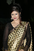 Anchor Shila Chakravarthy latest black saree Photos-thumbnail-3