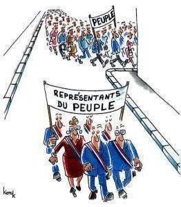 LE PEUPLE MANIFESTE