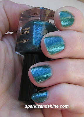 Max Factor graffiti 44 effect mini nail polish
