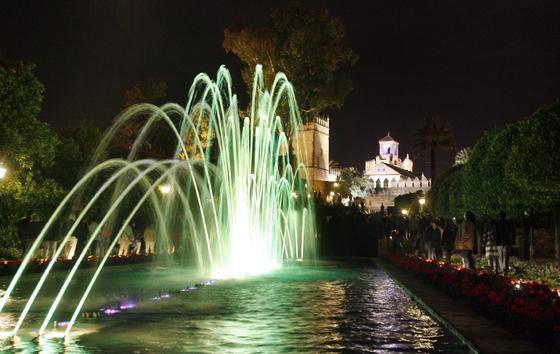 Espectaculo de luz y sonido en el Alcazar de Cordoba.