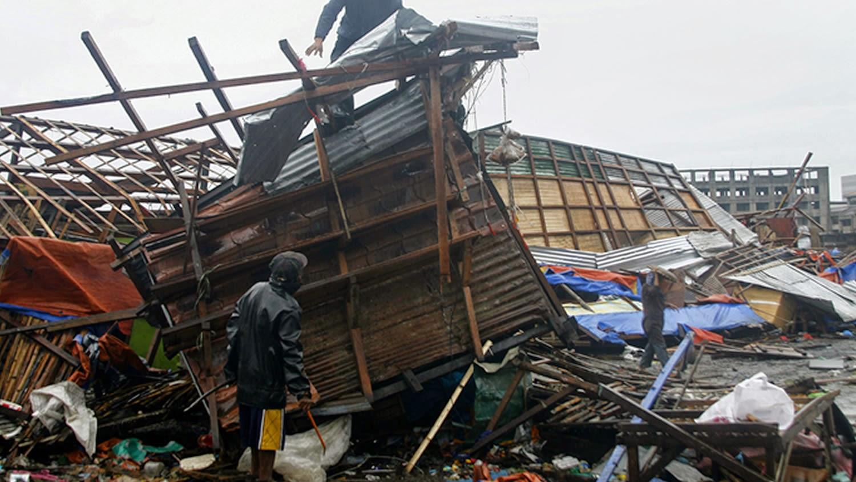 TIFON HAGUPIT DEJA 23 MUERTOS Y UN MILLON DE DESPLAZADOS EN FILIPINAS, 8 DE DICIEMBRE 2014