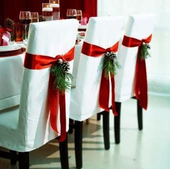 Como decorar as cadeiras para ceia de Natal