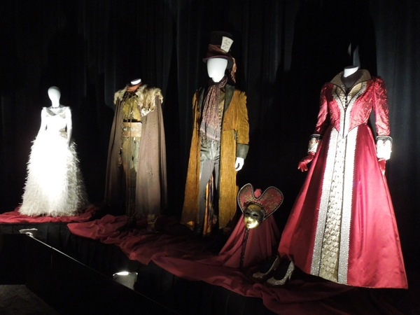Once Upon a Time costumes