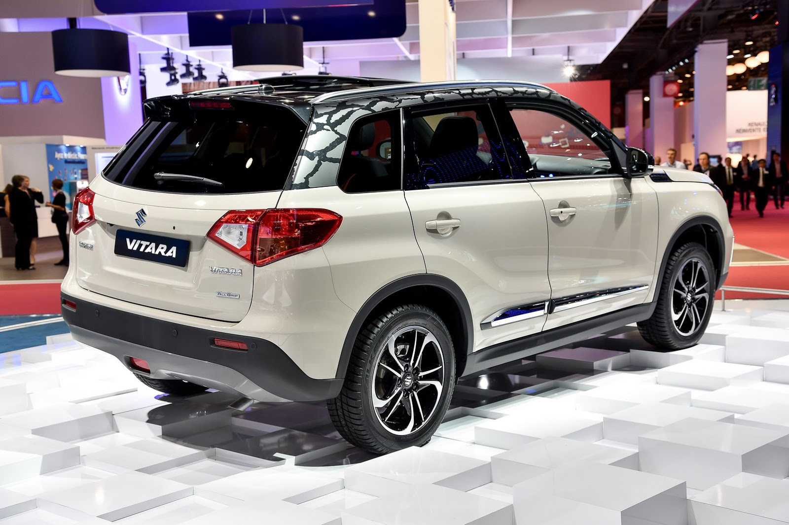 suzuki 39 s new vitara suv goes mainstream in paris carscoops. Black Bedroom Furniture Sets. Home Design Ideas