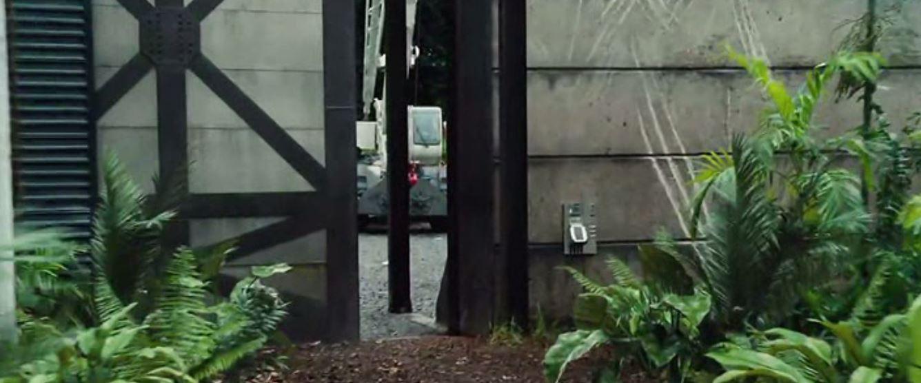 Construide ingenier a en el cine jurassic world for Puerta jurassic world