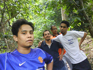 Junggle trekking di Pulau Aman