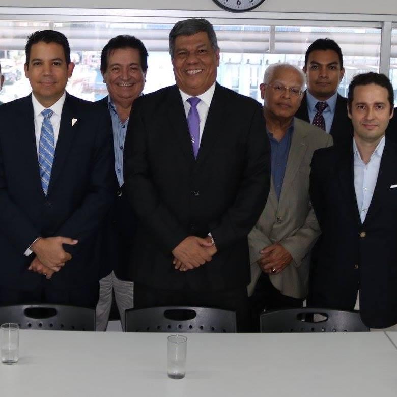 PRESIDENTE DE LA COMISION DE ENTORNO MACROECONÓMICO Y FINANZAS NACIONALES