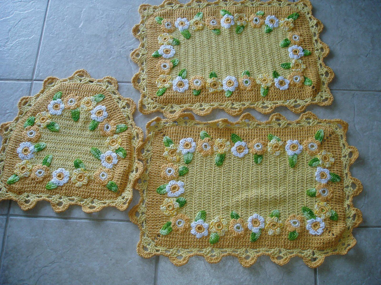 Tecendo Receitas: Jogo de banheiro em croche com margaridas amarelo #644D20 1600 1200
