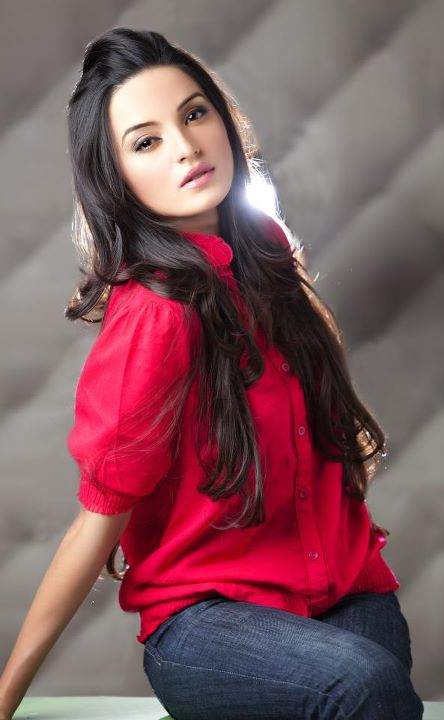 Pakistani celebritie sadia khan cute images