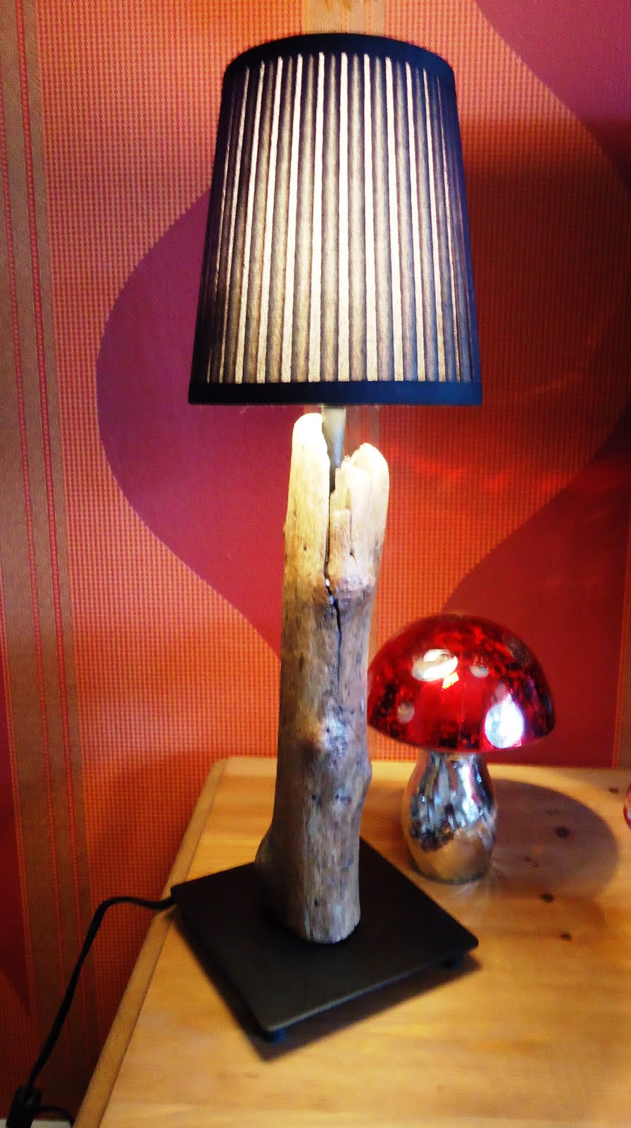 fembria art lampen und leuchten aus treibholz lamps and lighting made of driftwood. Black Bedroom Furniture Sets. Home Design Ideas