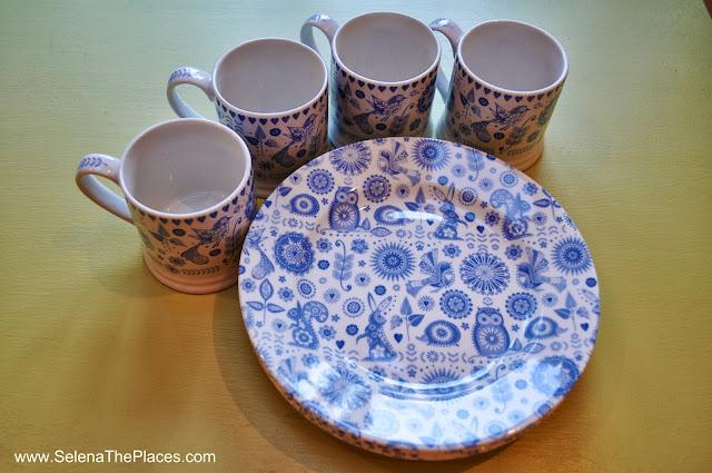 Cake plates and Mugs
