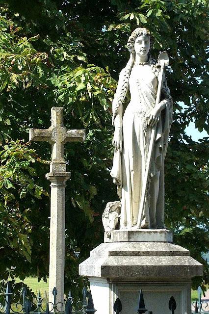 Santa Reine, Alise, Borgonha