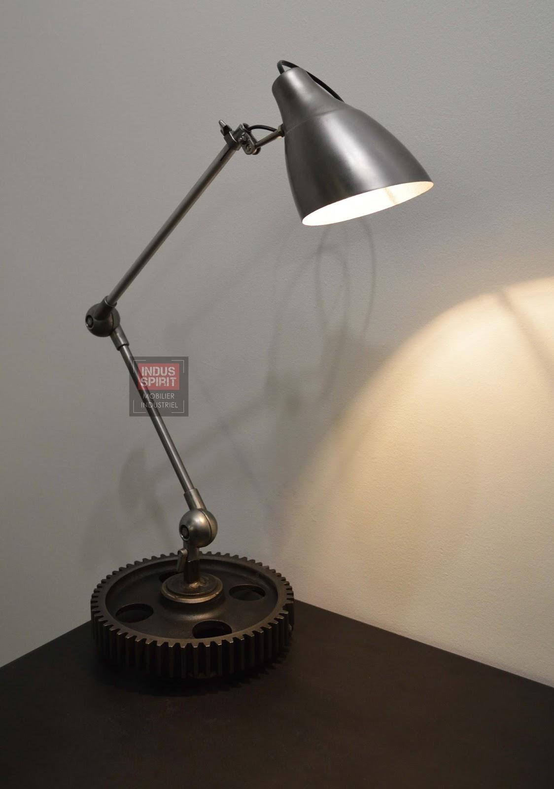lampe de bureau style industriel