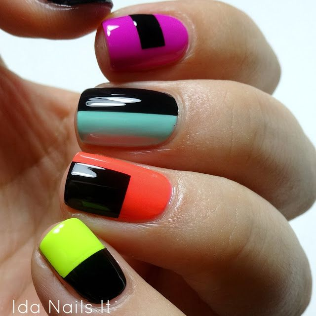 5 nail art trends that are popular this fall color blocking prinsesfo Image collections