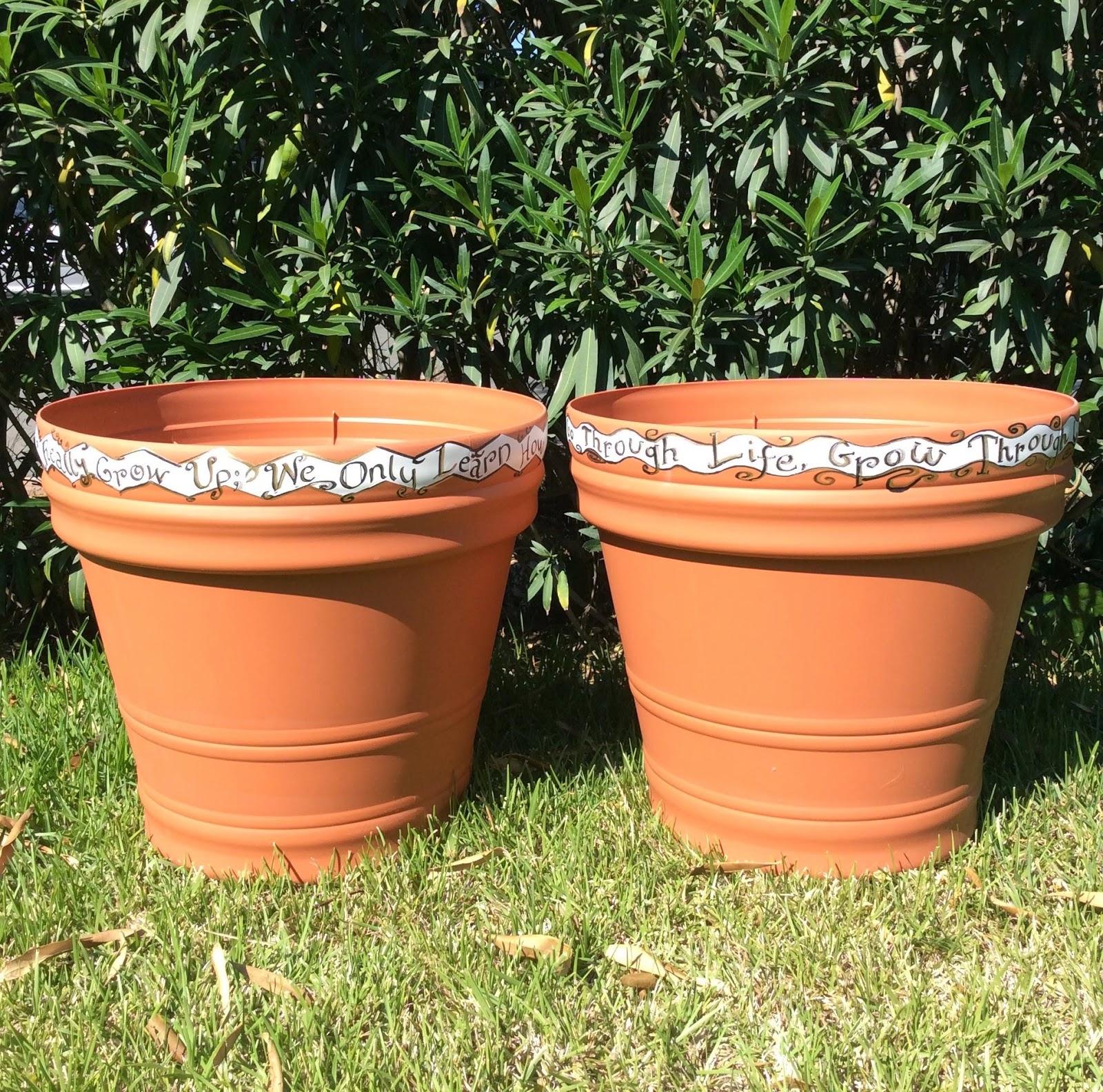 http://1.bp.blogspot.com/-ca5V_qvbTZ0/VUF39bjwyoI/AAAAAAAABQs/suCrBSHIDco/s1600/grow%2Bquotes%2Bplanter%2Bpots%2Bdecorated.jpg