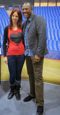 Melanie.ps, thepurplescarf, with Toronto Blue Jay Baseball legend Joe Carter at The National Women's Show in Toronto