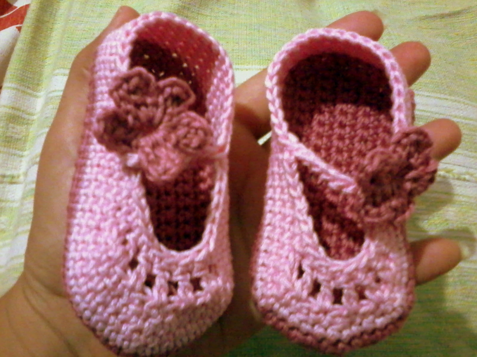 Crochet Tutorial Zapatitos : Zapatitos de crochet: Tutorial . . . . . . . . . . . . El detalle ...