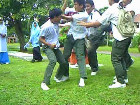 Pelajar MRSM Dibelasah Oleh Senior Sehingga Patah Rusuk