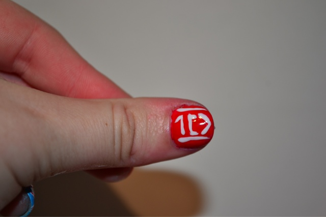 One Direction Logo Nail by Elins Nails