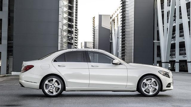 Mercedes-Benz C-Class side