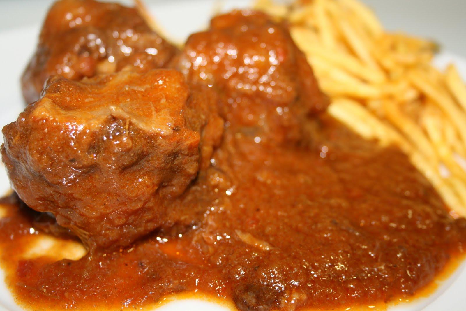 Cocina Cordobesa | Con Tapas Y A Lo Loco Rabo De Toro A La Cordobesa