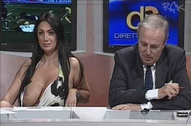 фото голые в прямом эфире