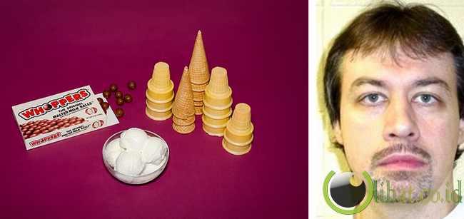 David Leon Woods - Satu kotak cokelat dan satu kotak cone es krim