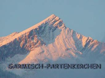 Morgenrot (朝焼け) of Alpspitze