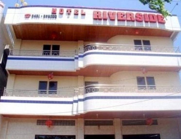 Hotel Ini Memiliki Kamar Sebanyak 21 Dengan Wilayah Yang Strategis Dekat Kantor Pariwisata 07 Km Dan Manado Mega Mall 12