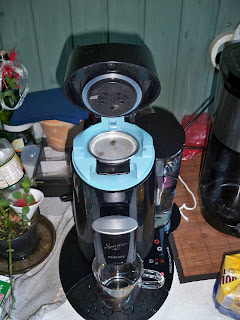 floschigs blog der erste kaffee mit der senseo twist. Black Bedroom Furniture Sets. Home Design Ideas