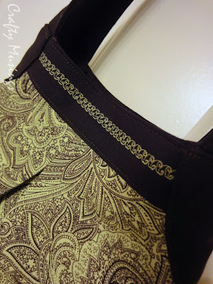 Teardrop Bag, detail of decorative stitching on top bands