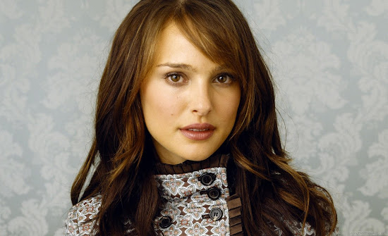 Hollywood Actress Natalie Portman Wallpaper-01