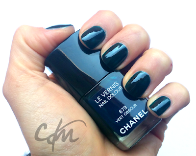 NOTD: Le Vernis Nail Colour 679 Vert Obscur - Chanel